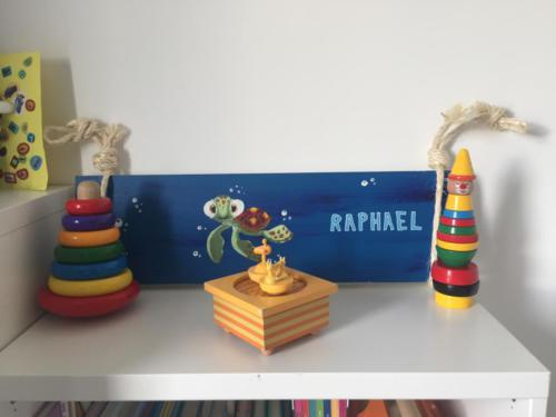 Planche de porte en bois personnalisée pour enfant