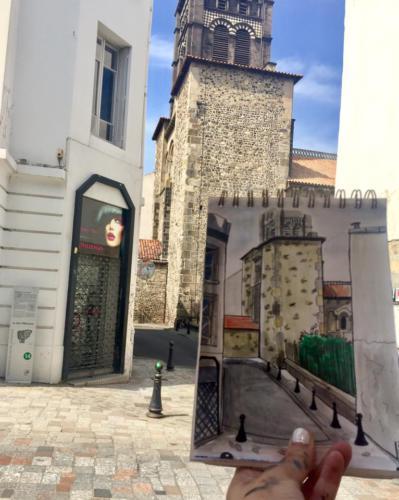 Vue sur le clocher de Notre dame du port à Clermont Ferrand (Puy de Dôme)